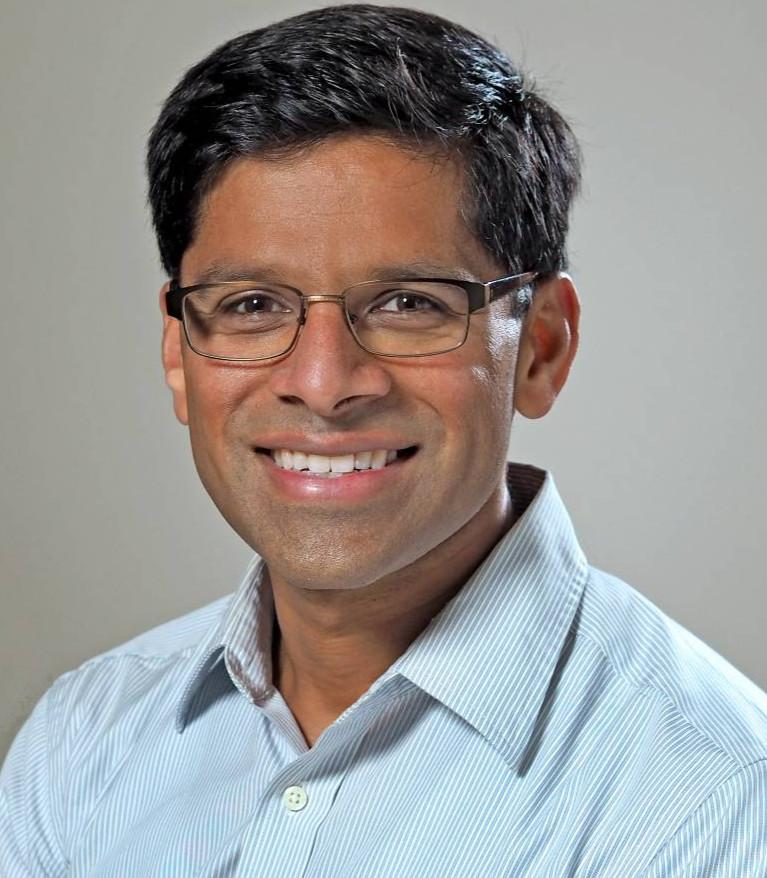 Harsha Thirumurthy headshot